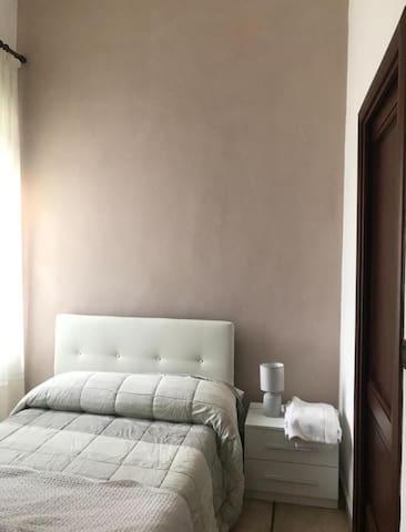 Letto Single Room