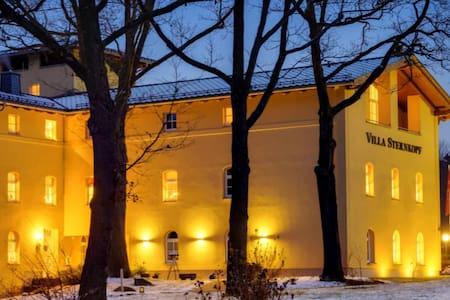 Villa Sternkopf - Exklusive Ferien im Erzgebirge