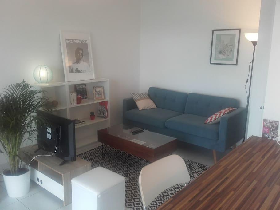 appartement au calme sud de lyon appartements louer millery auvergne rh ne alpes france. Black Bedroom Furniture Sets. Home Design Ideas