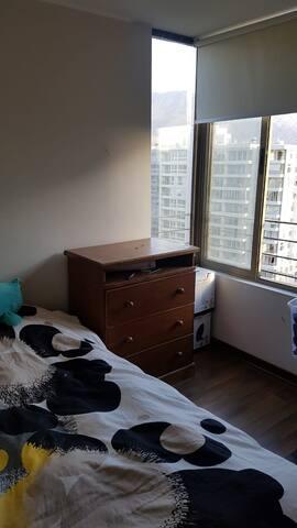 dormitorio con baño privado. solo mujeres