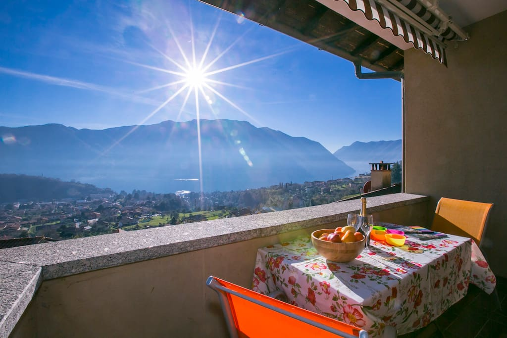 Private terrace with a beautiful view on Lake Como