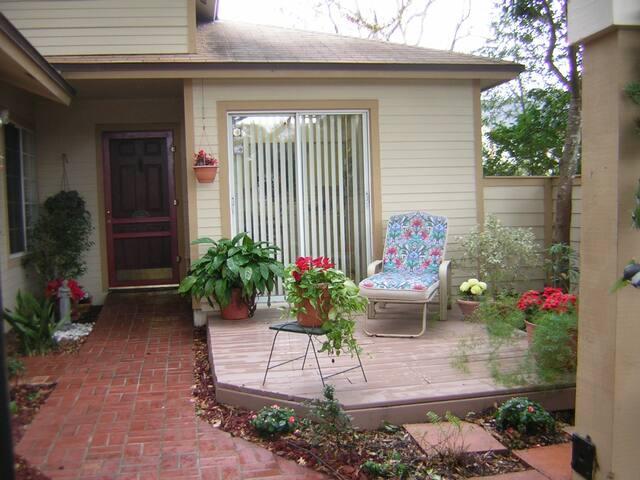 N. Orlando, 2/2 house, pool comty - Apopka - Rumah