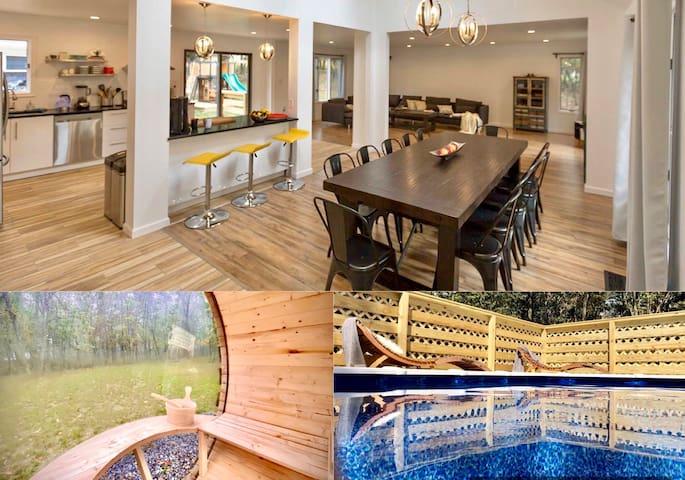 Unique Hideout w/Hot Tub,SAUNA,Game Room,HVAC,Pool