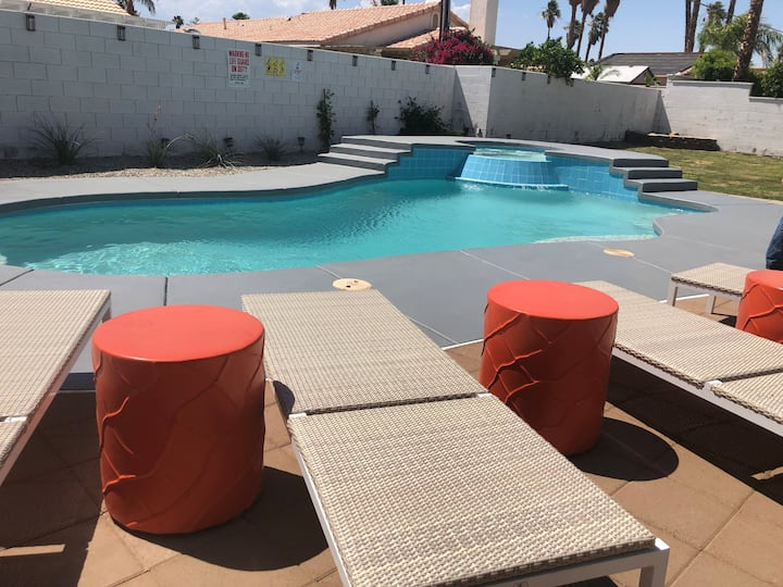 Mountain view vacation home ,1 ml to Palm Springs