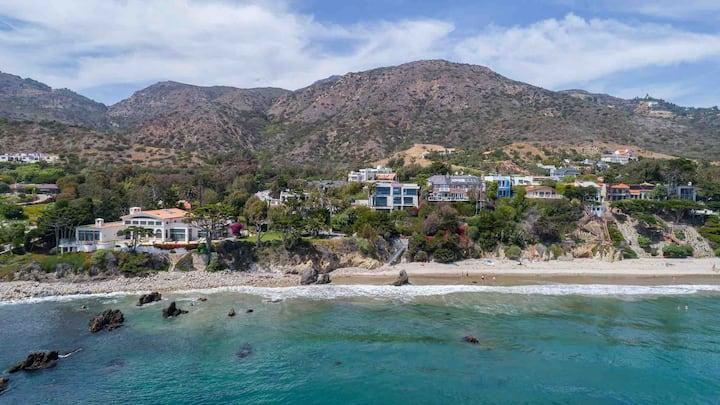 Luxury Beach Ocean View House, steps to the beach.