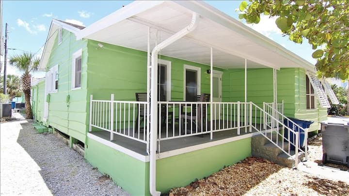 SeaSpray A: Adventure Awaits at Modern Beach Cottage Steps from Beach with Private Entrance
