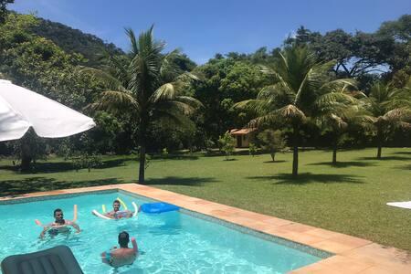 Sítio amplo localizado na serra do Mato Grosso