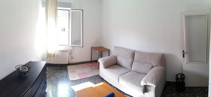 Room close to City Center zone, University, etc.