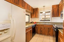 Fully Equipped Kitchen Ready For You To Cook In And Save Money O