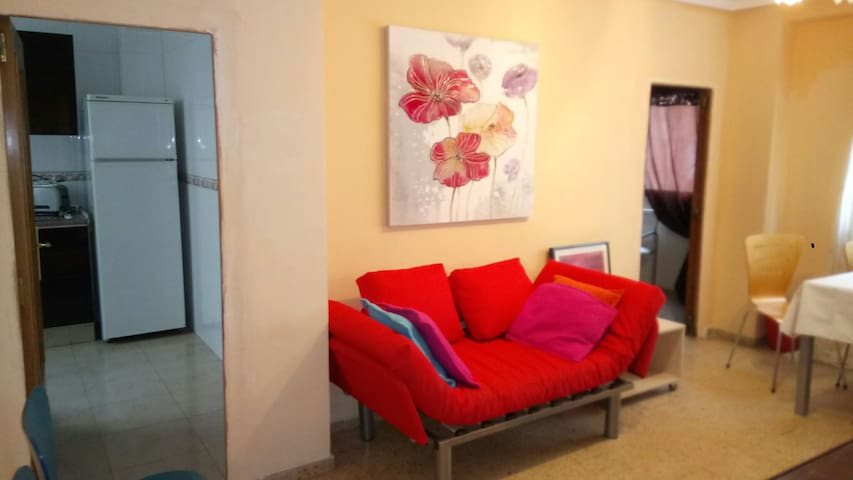 3 bedroom apartment with fiber WiFi in Valencia