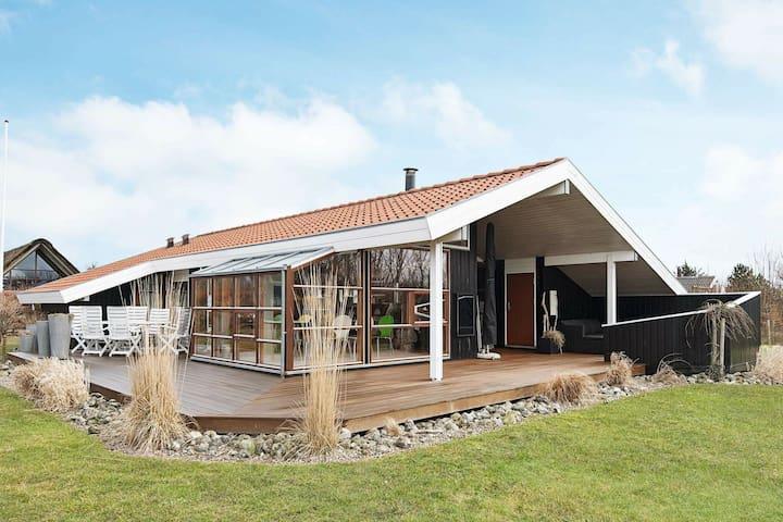 Casa de vacaciones moderna en Juelsminde, cerca del mar