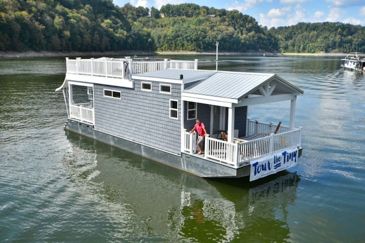 Tiny 1 Blue Houseboat