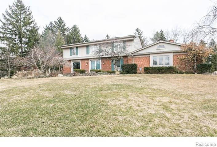Bloomfield Hills 4 bedroom home - Bloomfield Hills - Hus