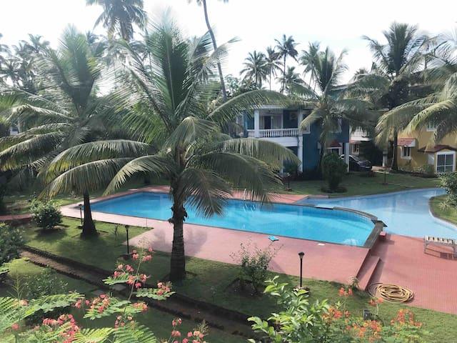 Sun-Kissed Holidays, Vagator, Goa- Sapphire 💠