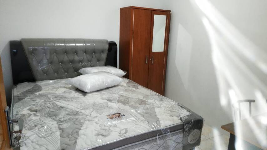 1 Bedroom shared bathroom No. 6