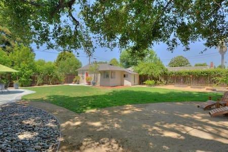 San Jose Guest Cottage