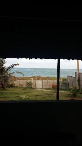 Conforto, tranquilidade e praias selvagens....