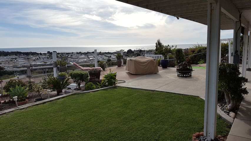 Spacious Suite. Ocean View, Patio, Spa & Privacy.