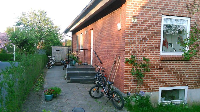 Villa i Aarhus N med plads til den store familie - Aarhus - Villa
