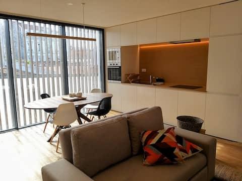 Aljube Residences III - Apt novo no centro de PDL