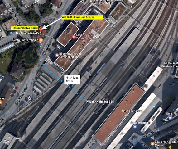 Wegbeschrieb / Walk from the railway track to our house