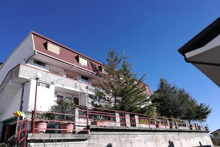 Casa Tetto Lucano - Viggiano - Haus
