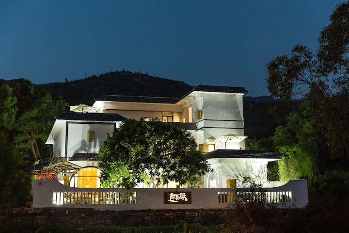 南澳岛海印山房客栈--整栋别墅,适合聚会.party. 共11个房间