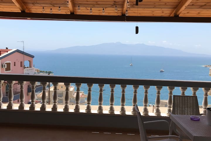 Saranda entire place! sea view apartment!