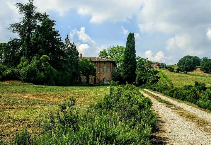 Galluzzo Ancient Country Villa Bologna (m)