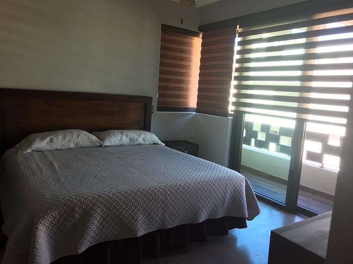 Habitación privada en casa D'Lina
