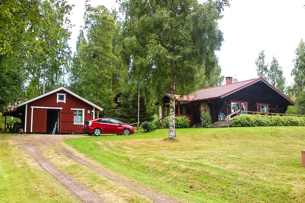 Large log cabin siljansn s cabins for rent in leksand nv for Cabin rentals in nevada