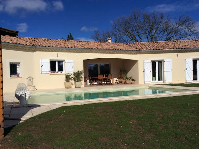Villa with all modern cons in South Ardeche - Payzac - Casa