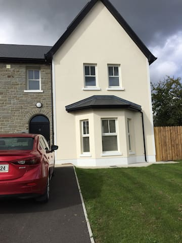 A property within walking distance from Lough Derg