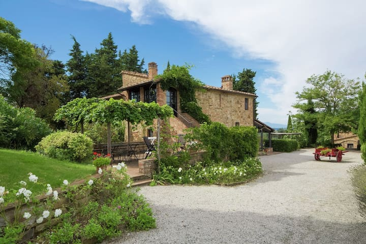 This romantic  farmhouse is located near the medieval village of Montaione