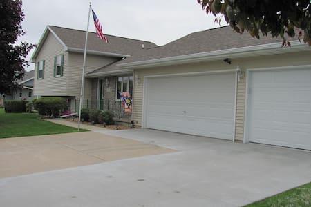 EAA Housing - Casa