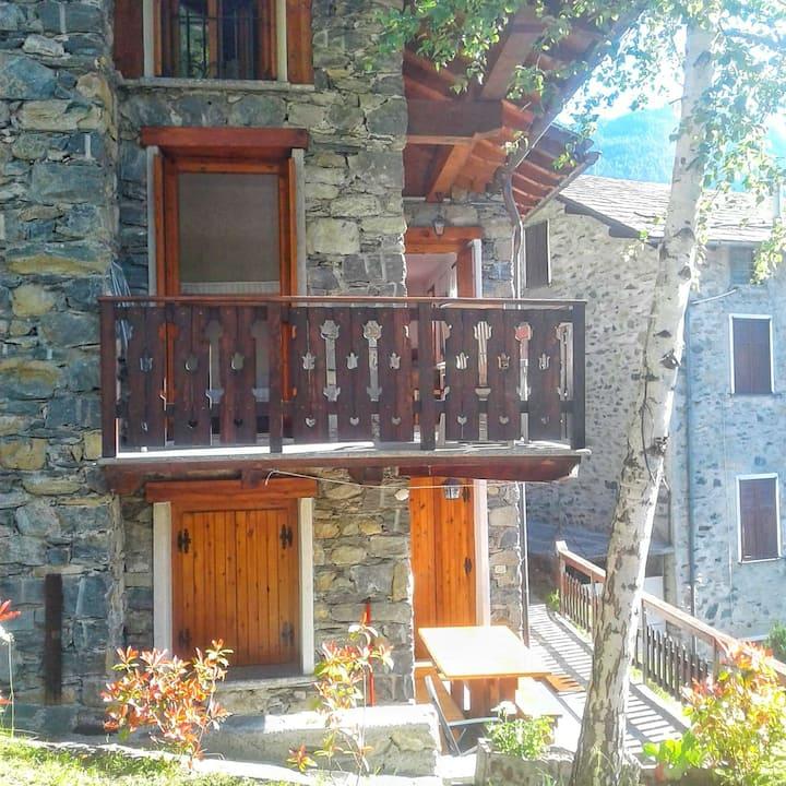 Appartamento in baita a Chiesa in Valmalenco