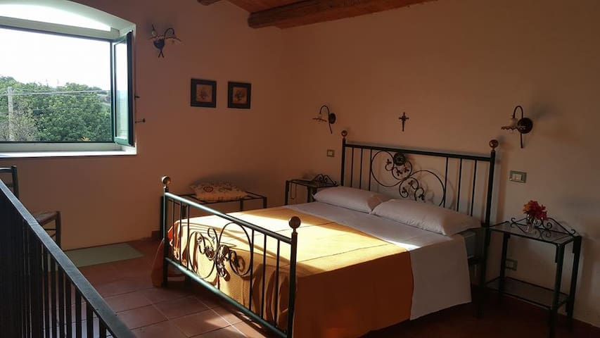 """Immerso nella natura"", Villa Gaia - Modica - Bed & Breakfast"