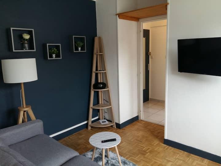 Bagnères de Bigorre : appartement vue sur montagne