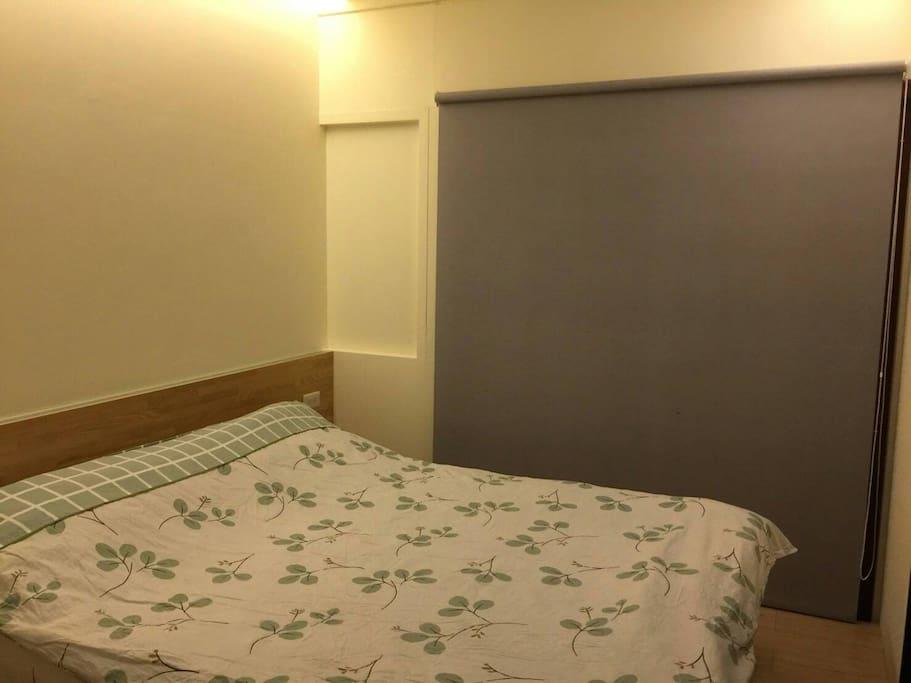 臥室-雙人床
