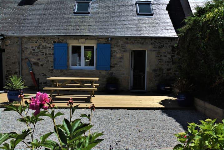 Maison Crozon, mer à 400 m, wifi, jardin clos
