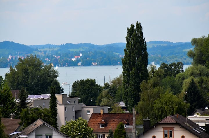 Zentral gelegenes Appartment - Blick auf den See
