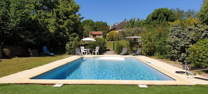 Loft cosy mansardé clim piscine calme 10mn Sarlat