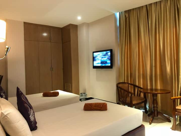 Twin Single Bedroom
