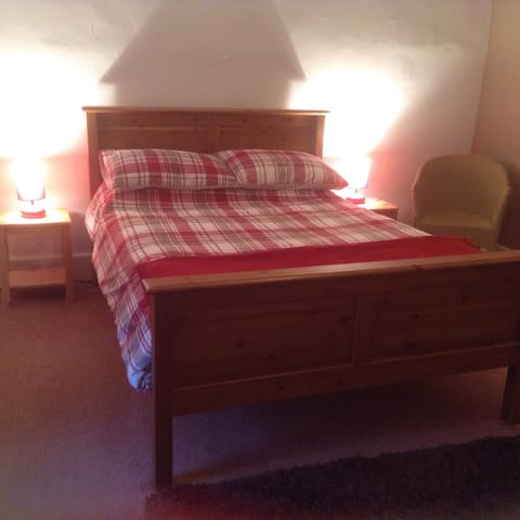 Double Room in Country Village - Sheepwash - Bed & Breakfast