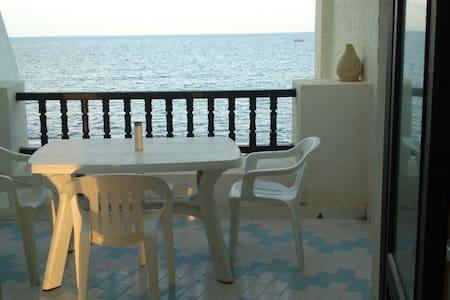 Agréable Studio au Port El Kantaoui, vue sur mer