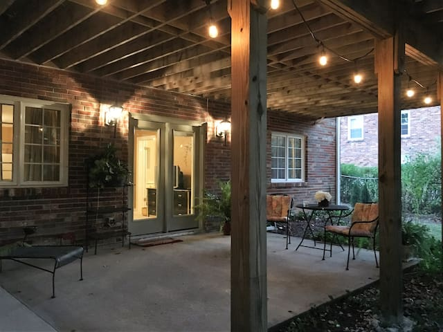 Spacious 1BR/1BA pvt. home/apt. in West Meade - Nashville - Andre
