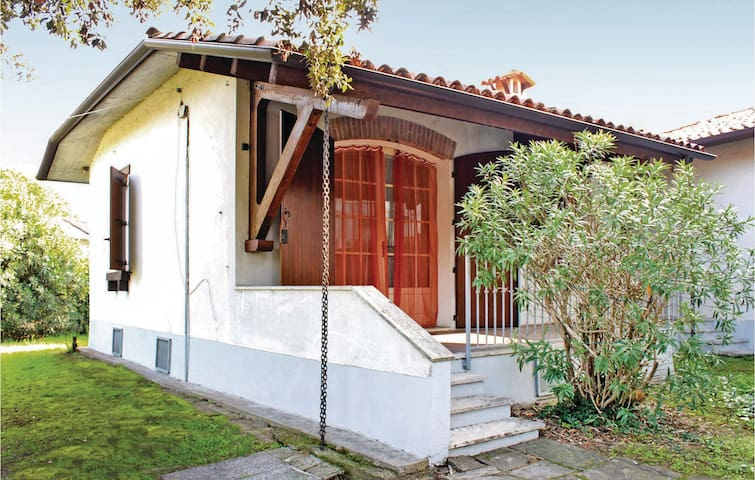 Semi-Detached with 2 bedrooms on 65m² in Lido di Volano -FE-