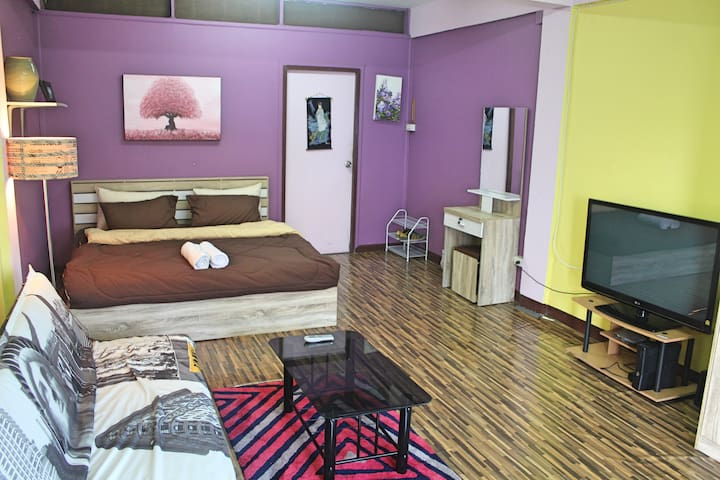 Spacious room in the heart of the Old City - Chiang Mai - Casa adossada