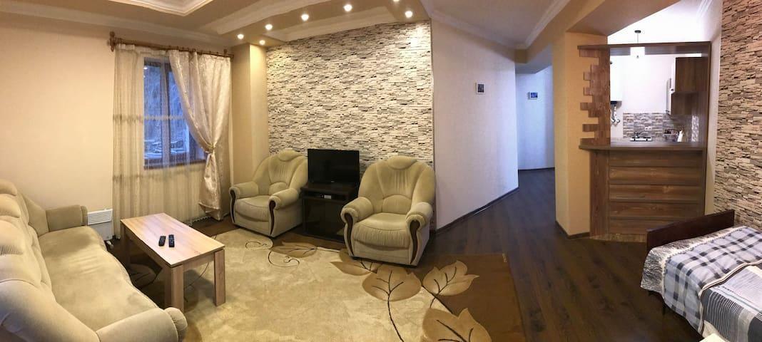 Посуточная квартира (код2Б) в Степанакерте (Арцах)