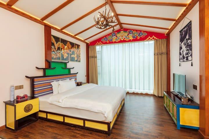林芝山|雅鲁藏布江大峡谷|近米林机场|藏式豪华大床房